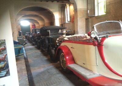 Visit A Vintage Car Museum