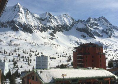 Skiing Passo del Tonale