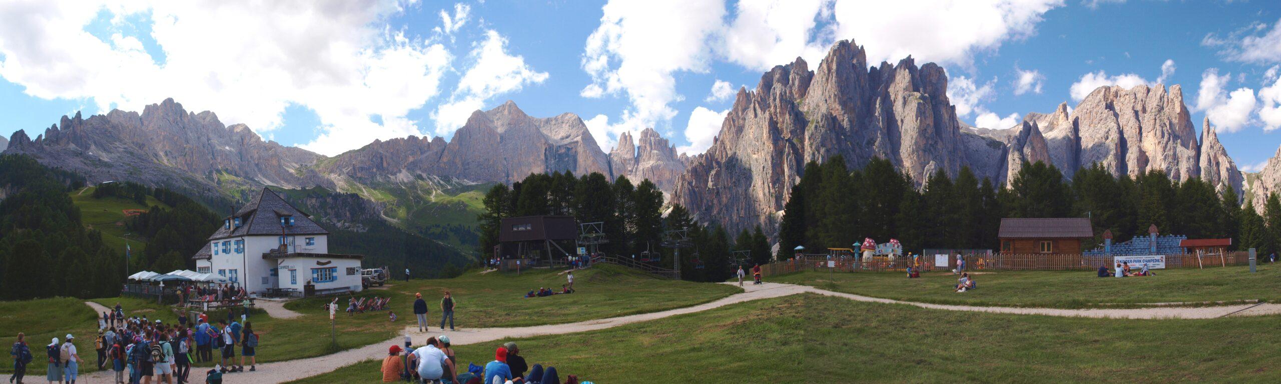 Val Di Fassa mountains