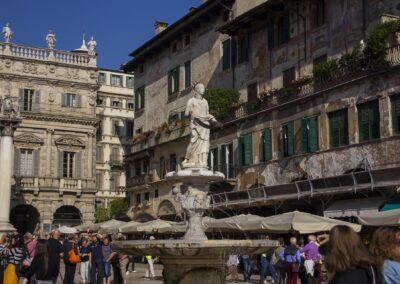Sculptures & Fountains